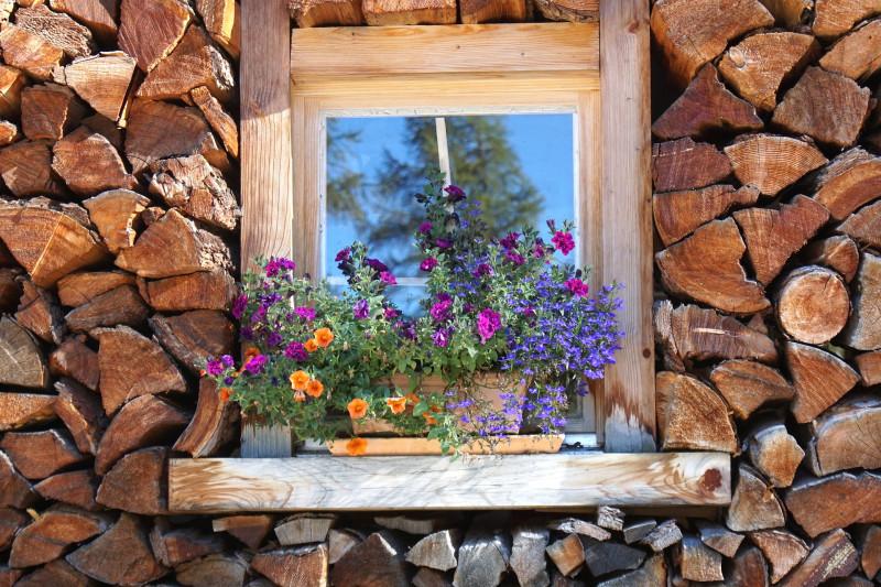 Holzschmuck, Ohrschmuck,Bürobedarf aus Holz, Gastroartikel aus Holz, Holzohrstecker